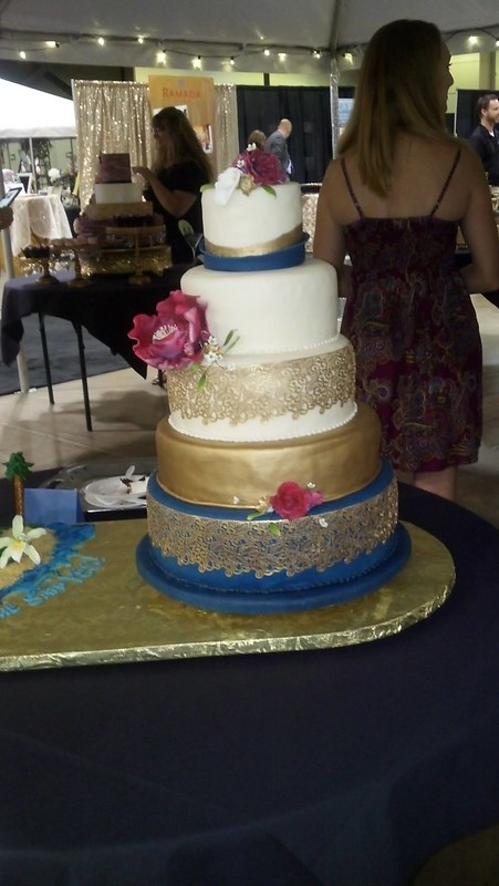 Cake by Artistic Cakes and Cookies