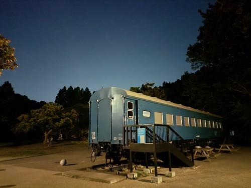 作例 夜景モード(ウルトラダークモード、6秒合成) 手持ちで撮影