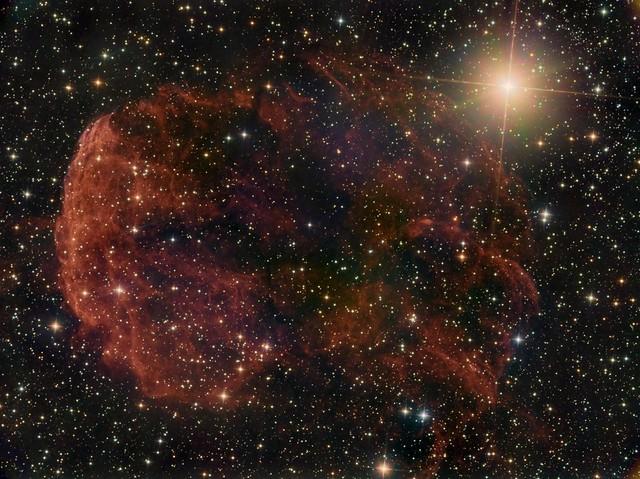 VCSE - A Medőza-köd (IC 443), egy szupernóva-maradvány az Ikrek csillagképben - Kép: Mezei Balázs