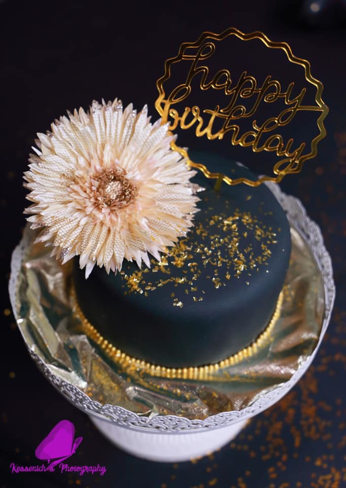 Cake by Sammie's Sweets