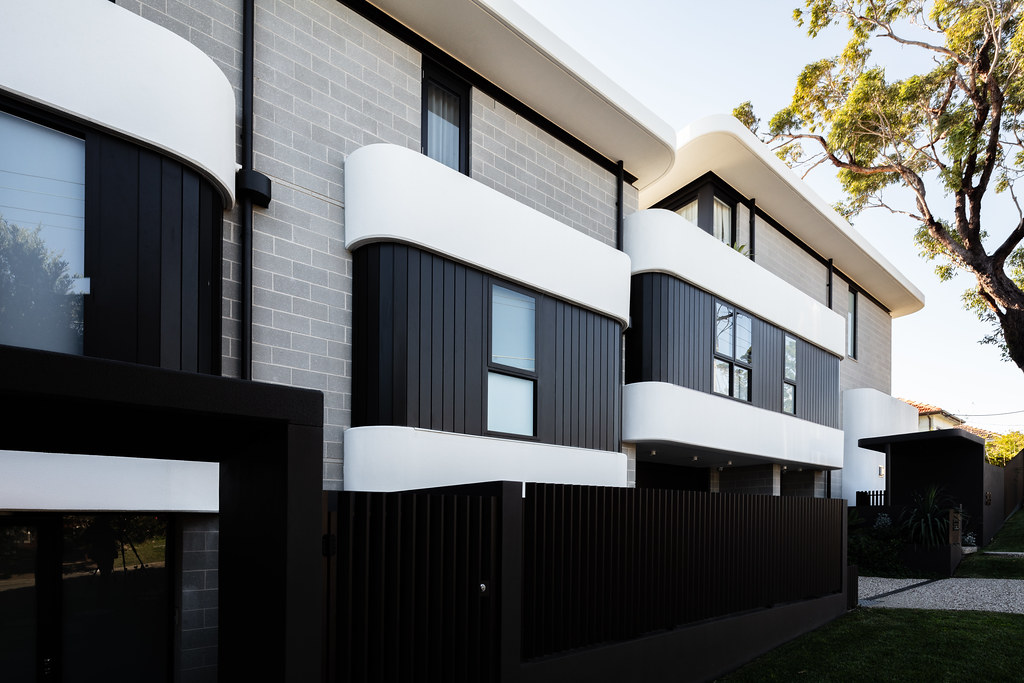 Taren Point House - Architec Honed in Pearl Grey - Alex Mayes Photography (7)