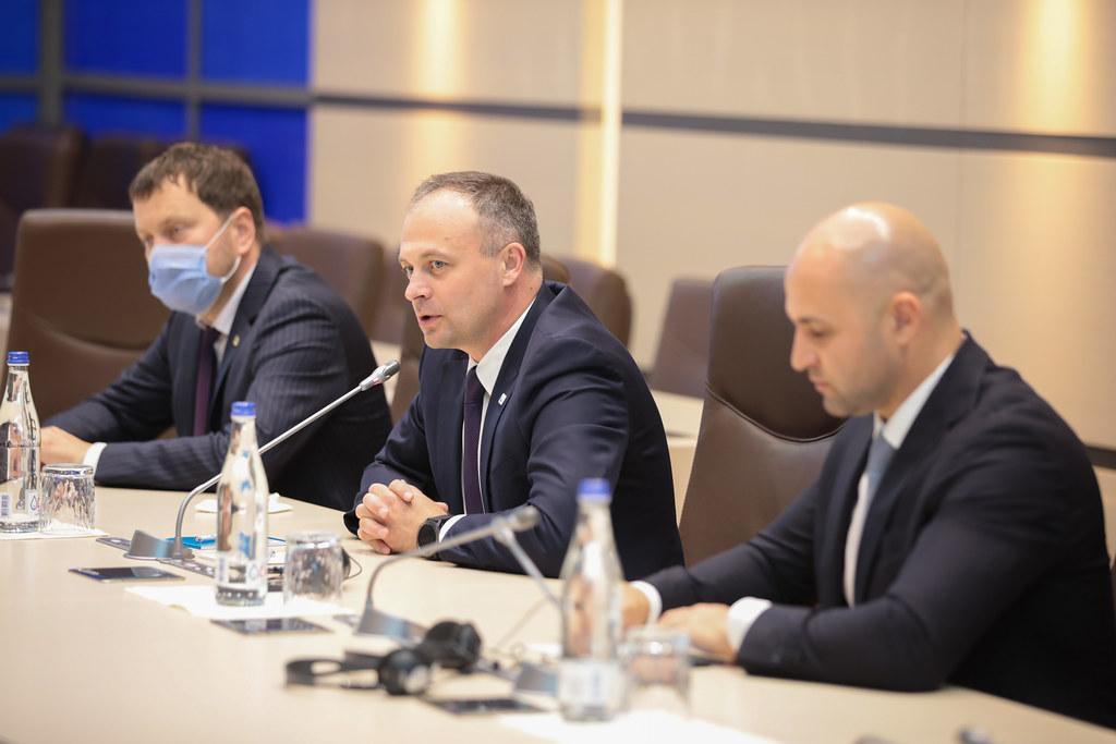 """11.06.2021  Întrevederea Grupului parlamentar """"Pro Moldova""""cu Misiunea preelectorală a APCE"""
