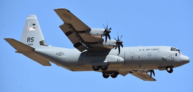 LOCKHEED MARTIN C-130J-30 HÉRCULES (SERIAL: 382-5831) USAF (15-5831) / BASE AÉREA DE MORÓN (LEMO) SPAIN