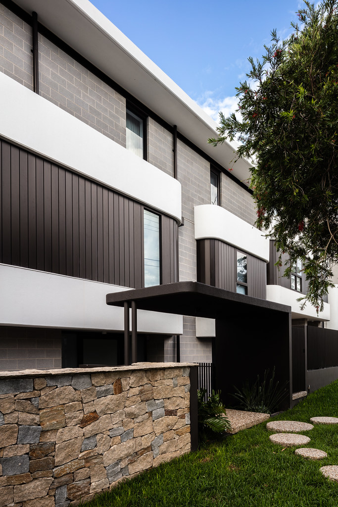 Taren Point House - Architec Honed in Pearl Grey - Alex Mayes Photography (16)