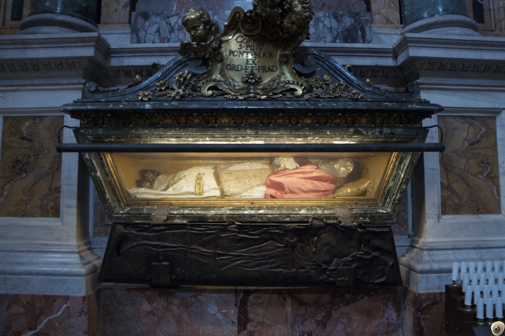 Ni Pío V.