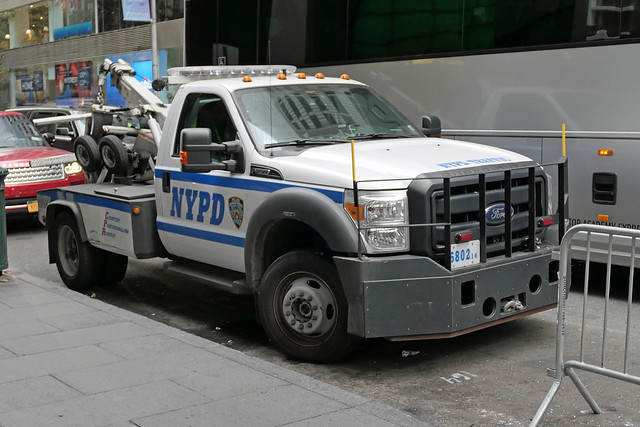 NYPD Tow Truck  6802
