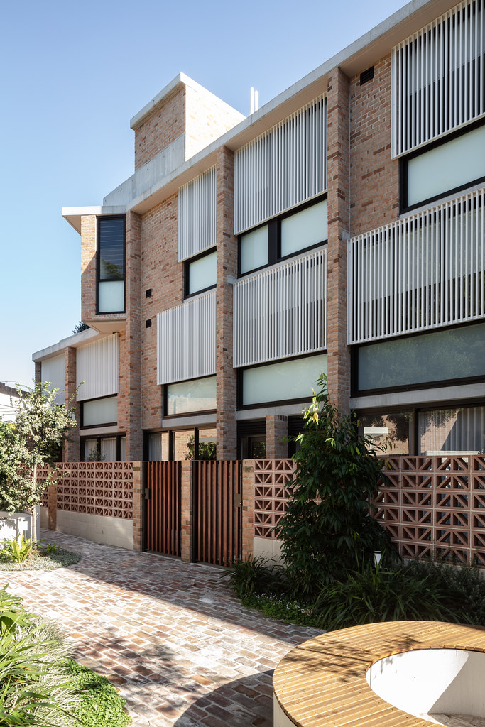 Teracota Apartments - Mitchell St Alexandria NSW - Breeze Blocks in Pottery (14)