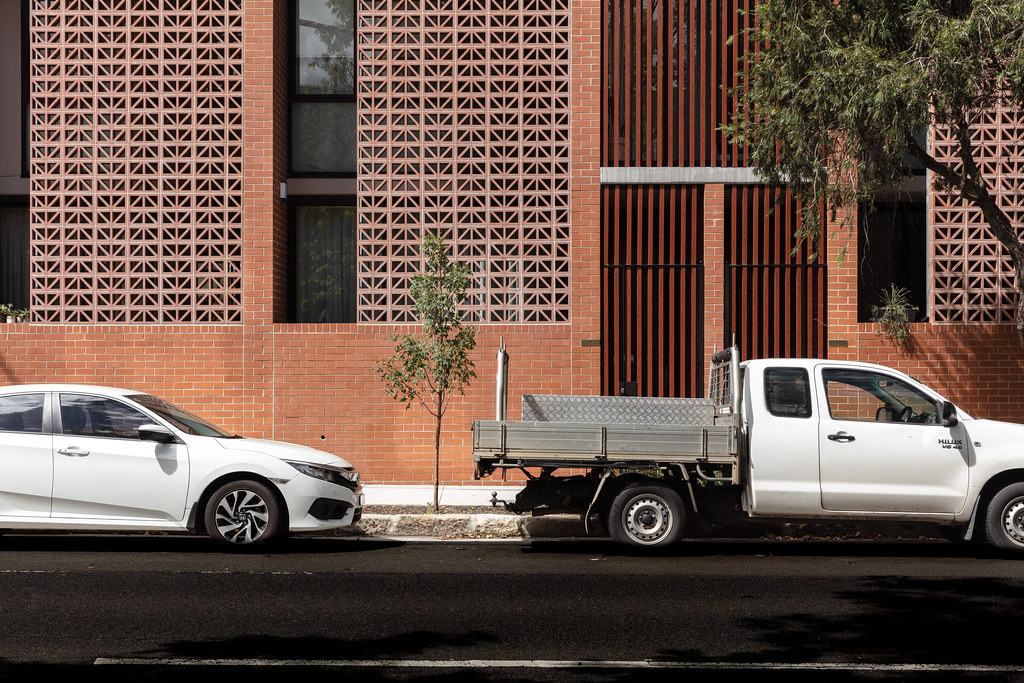 Teracota Apartments - Mitchell St Alexandria NSW - Breeze Blocks in Pottery (2)