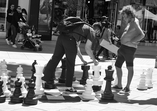 Street Chess Match