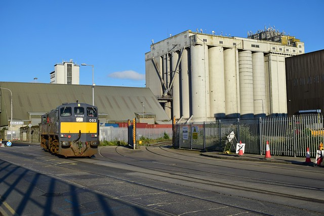 083 exiting Dublin docks with the IWT freight train