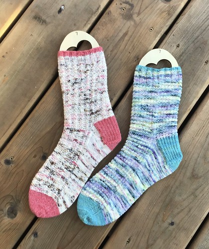 Patti (@patnelann) finished one Rhinebeck Roomies and one Bonfire sock! Now she will make another pair the same.