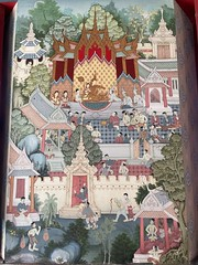 #temple murals all the way around. I always love the gold details! #bangkok