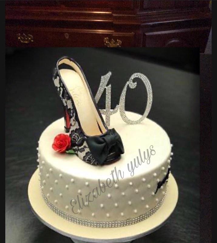 Cake by Yulys Cakes