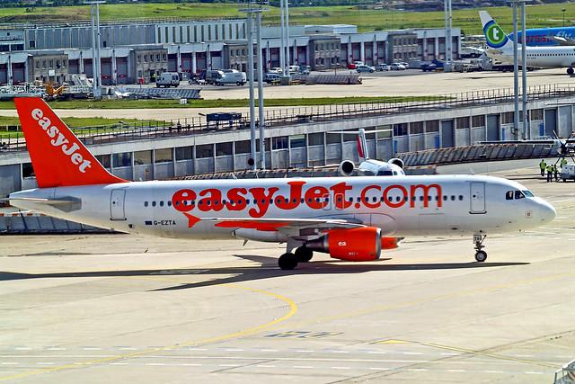 G-EZTA   Airbus A320-214 [3805] (easyJet) Paris-Orly~F 22/06/2011