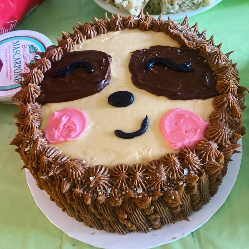 Cake by Mandatori Sweets