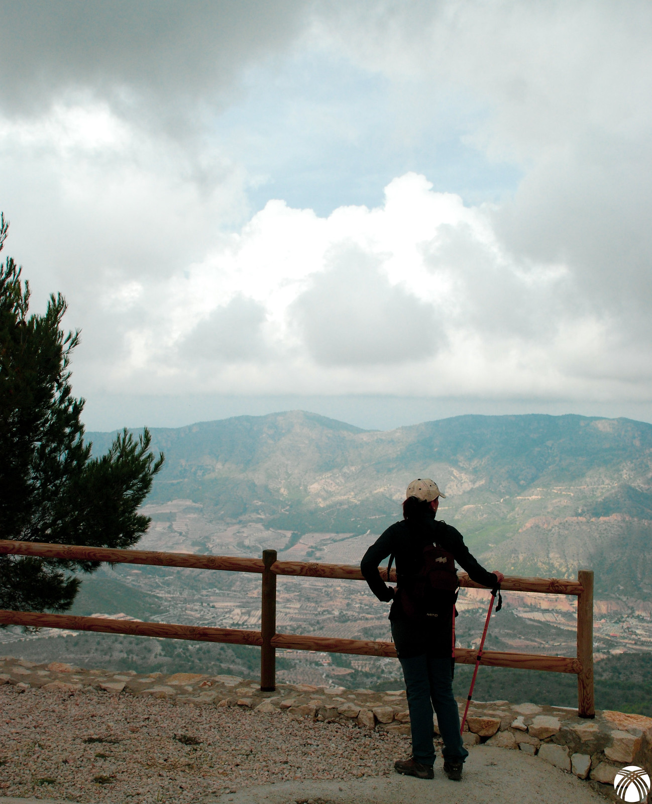 Vistas hacia el norte donde se aprecia la Sierra del Oro