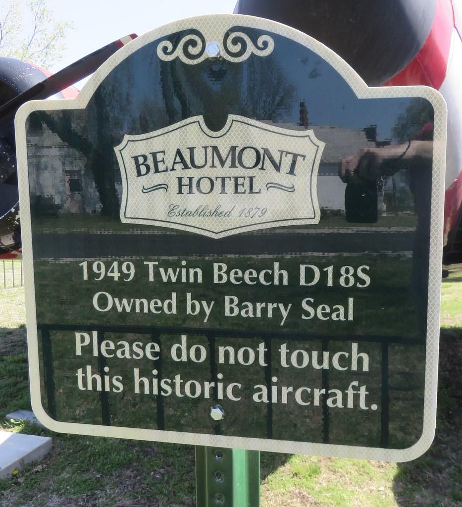 1949 Twin Beech D18S Marker (Beaumont, Kansas)