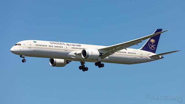 Saudia 787-10 HZ-AK25 LHR 2021-06-09-2