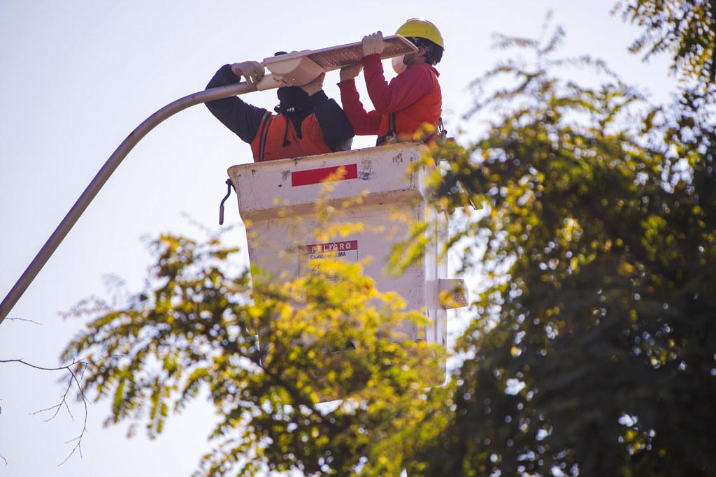 2021-06-11 Iluminacion calle Las Heras