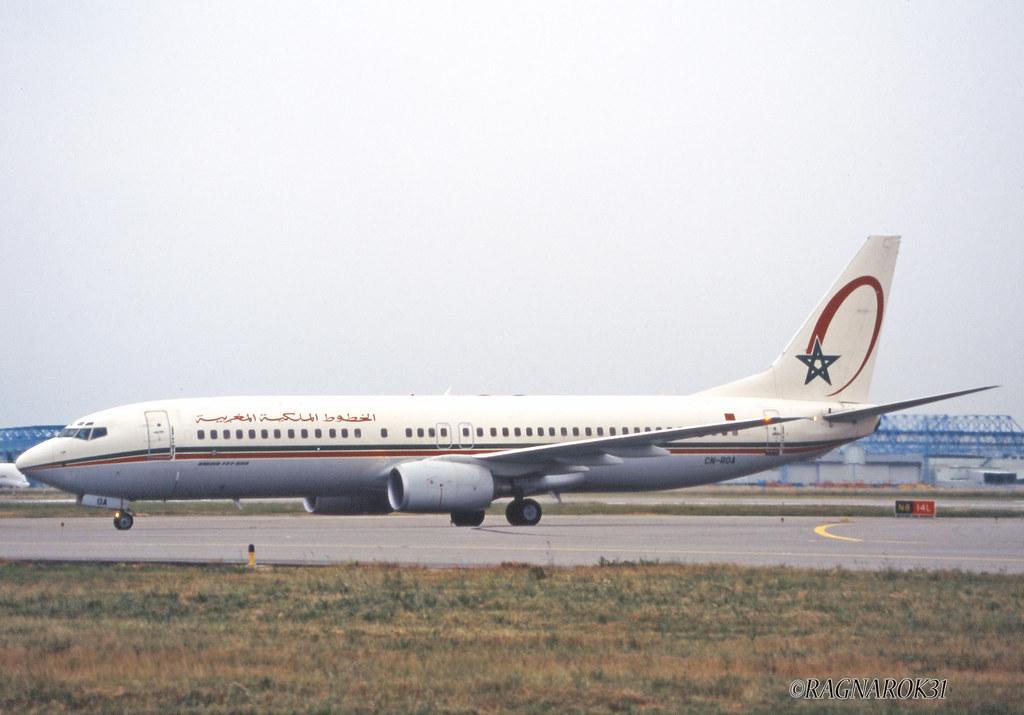 B737-800_RoyalAirMaroc_CN-ROA