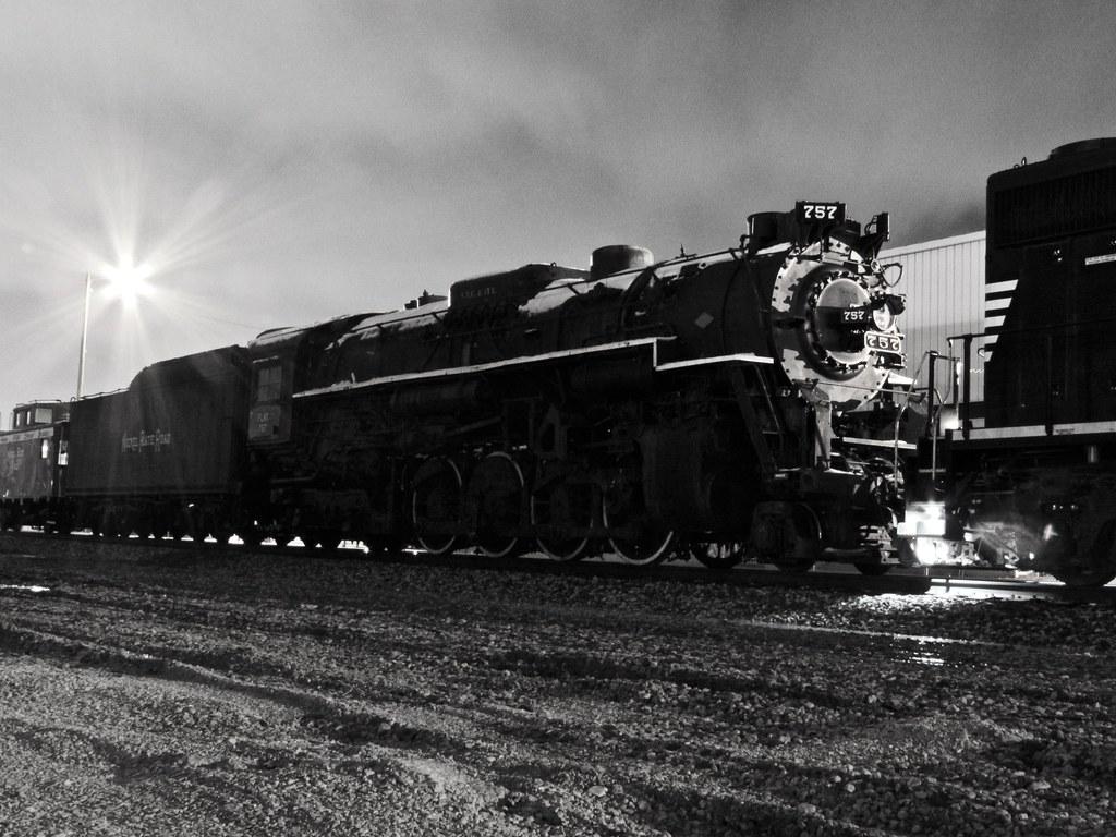 NKP 757: Collinwood, OH