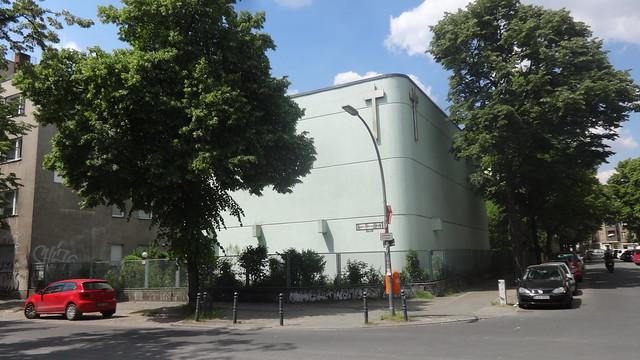 1975 Berlin-W. katholische Kirche St. Richard von Michael König Schudomastraße/Braunschweiger Straße 18 in 12055 Neukölln