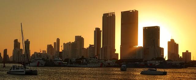 Puesta de sol en la Bahia de Cartagenas