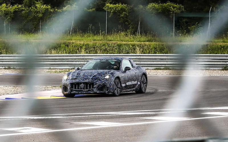 2023-Maserati-GranTurismo-2
