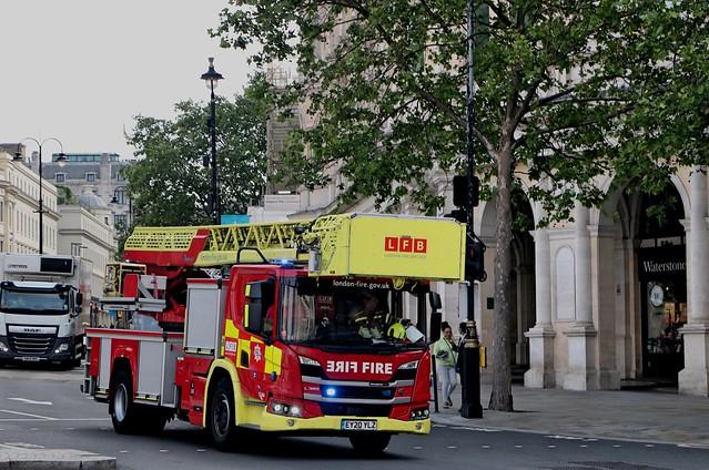 London Fire Brigade - A243 - TL56A - EY20YLZ