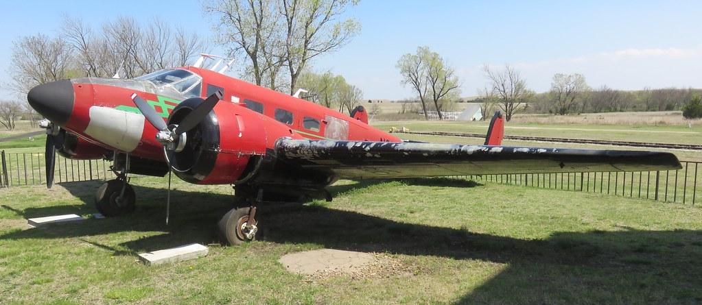 1949 Twin Beech D18S (Beaumont, Kansas)