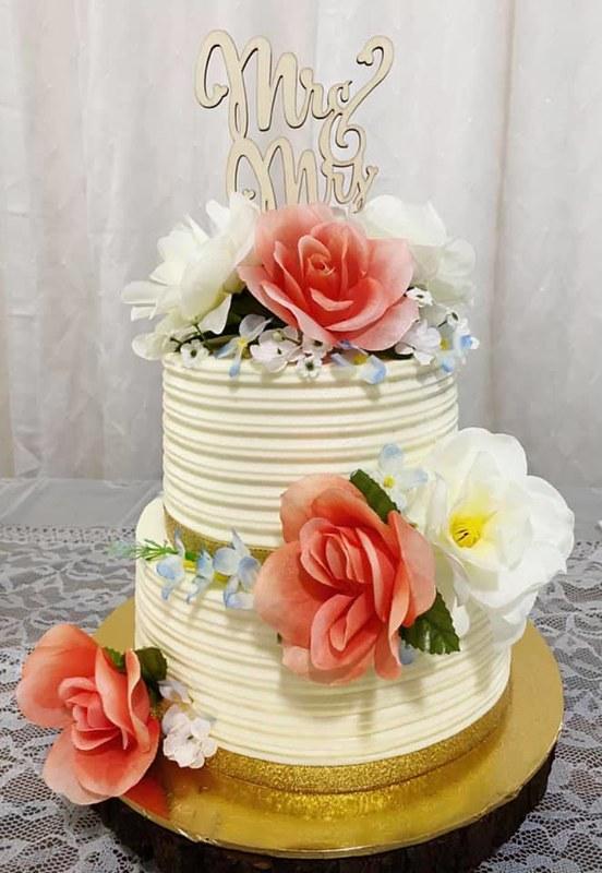 Cake by Kiana's Cakes