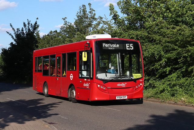 Route E5, Abellio London, 8203, YY64GVT