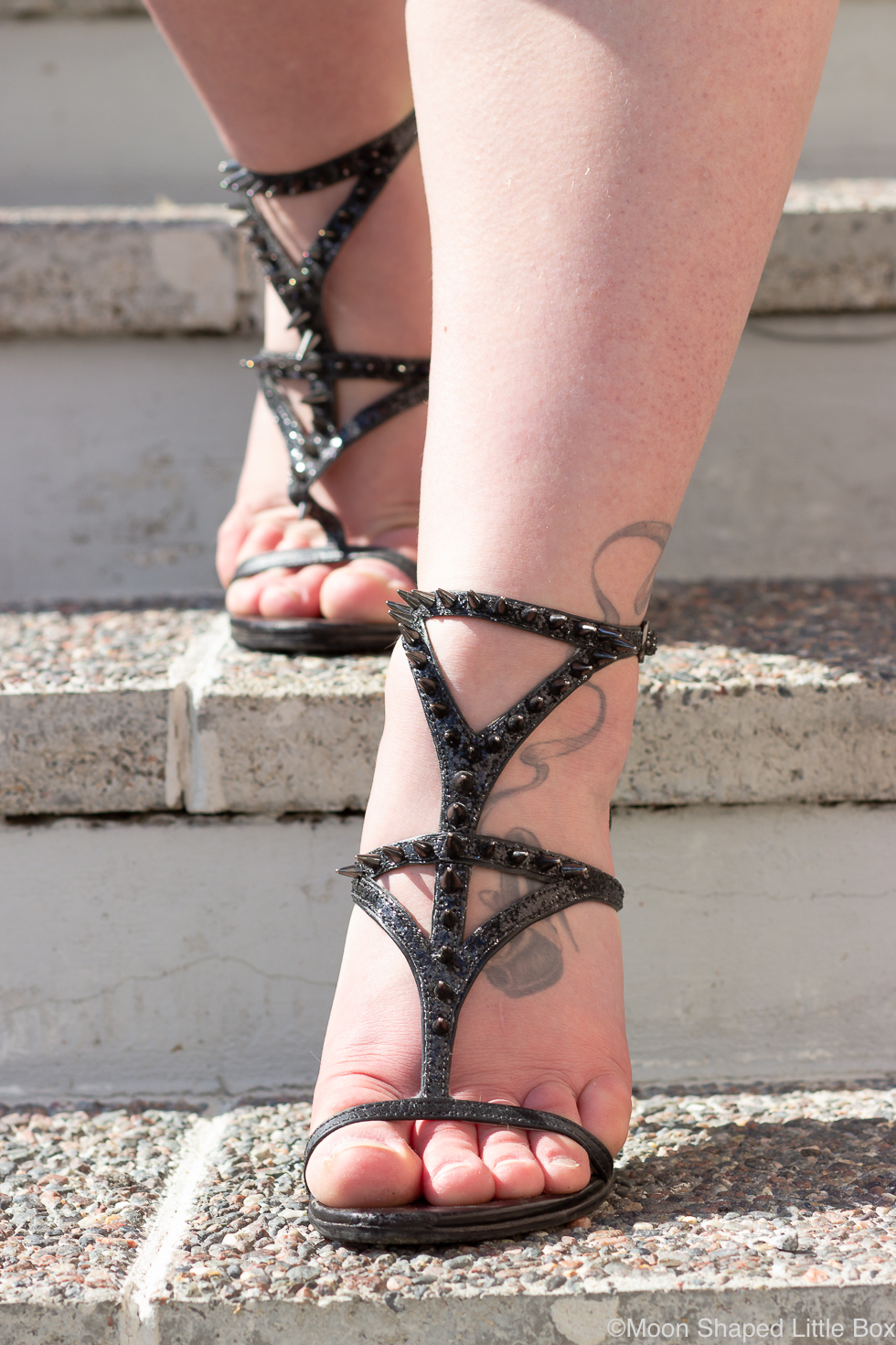 Guess-shoes-black
