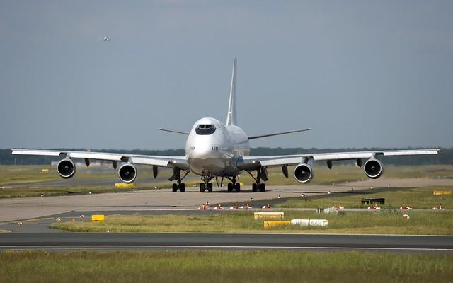 GeoSky 747-236B(SF) 4L-GEN