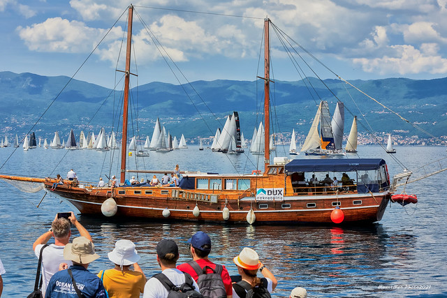 Fiumanka, riječka jedriličarska regata, opet zaglavila u bonaci