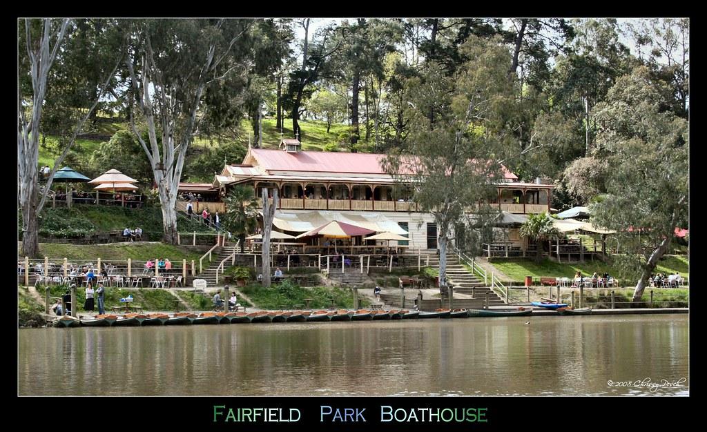 fairfield-park-boathouse