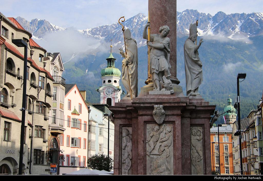 View along Maria-Theresien-Straße towards the Karwendel Mountains, Innsbruck, Austria