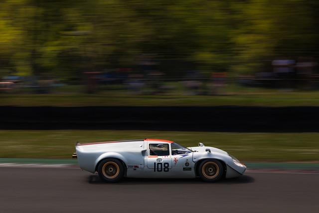 Lola T70 Mk3 - Brands Hatch