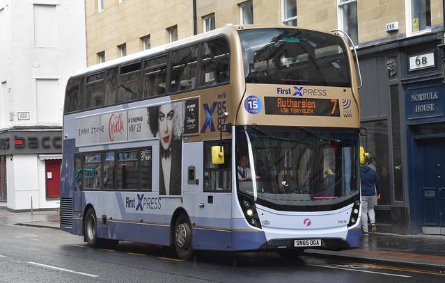 First Glasgow Alexander Dennis Enviro 400 MMC 33985HB Route 7