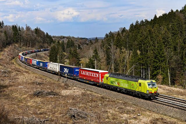 Alpha Trains / TXL 193 558