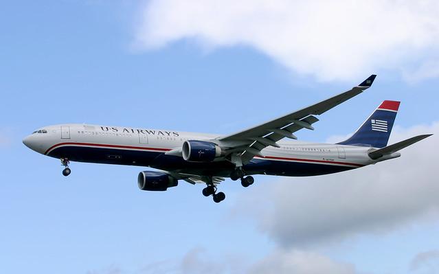 A330 | N270AY | LGW | 20070721