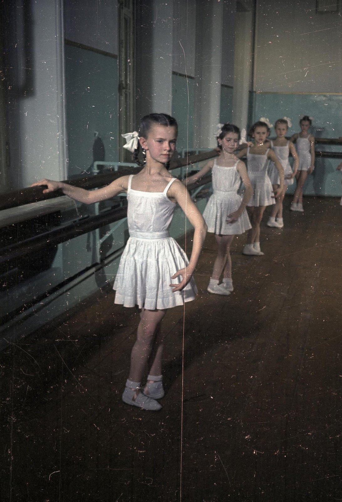 1950-1955. Московское академическое хореографическое училище при Большом театре СССР