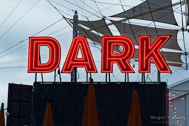 20210613-03-Dark neon