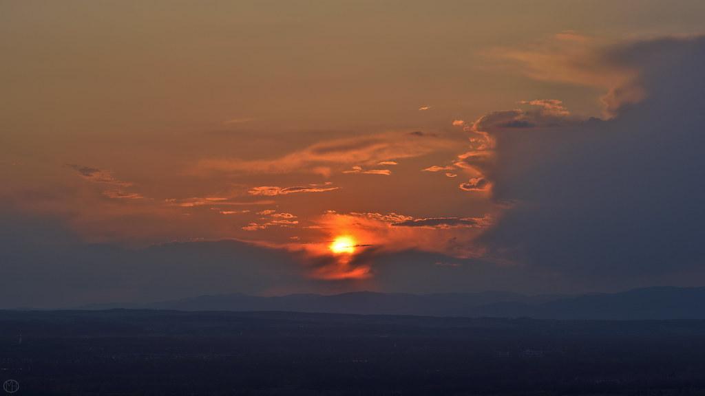 copper light horizon