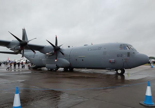 CC-130J HERCULES 436 Squadron / LOCKHEED MARTIN CC-130J HERCULES (SERIAL 382-5666) RCAF-ARC (130612) / FAIRFORD (UK)