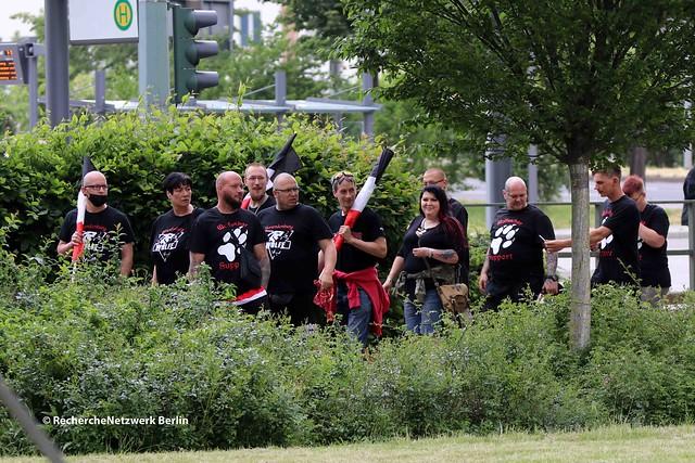 12.06.2021 Dessau: Gewaltbereite Neonazis inszenieren sich als Opfer linker Gewalt