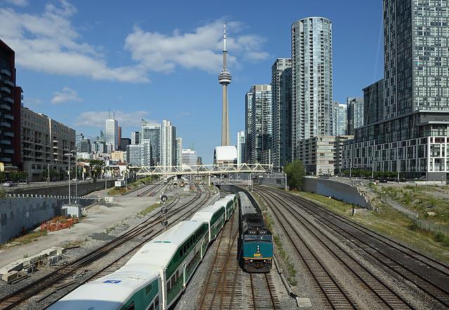 6418, Toronto ON, 6 Aug 2015
