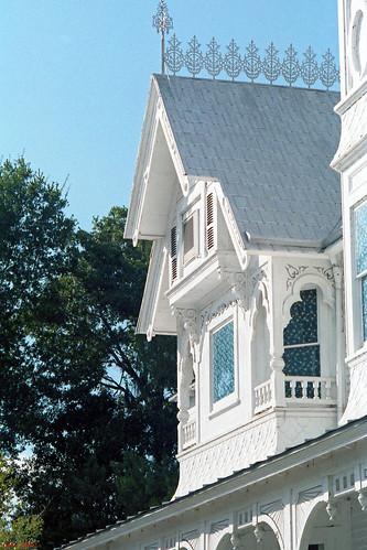 architecture house florida scrollwork victorian gingerbread lodge masonic 1986 gable mountdora queenannestyle