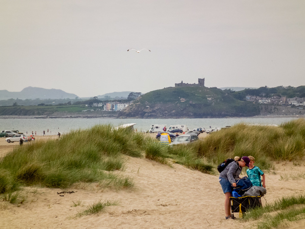 2021 - 06 - 06 - HS10 - Cricceith Castle - Viewed from Black Rock Sands - 002