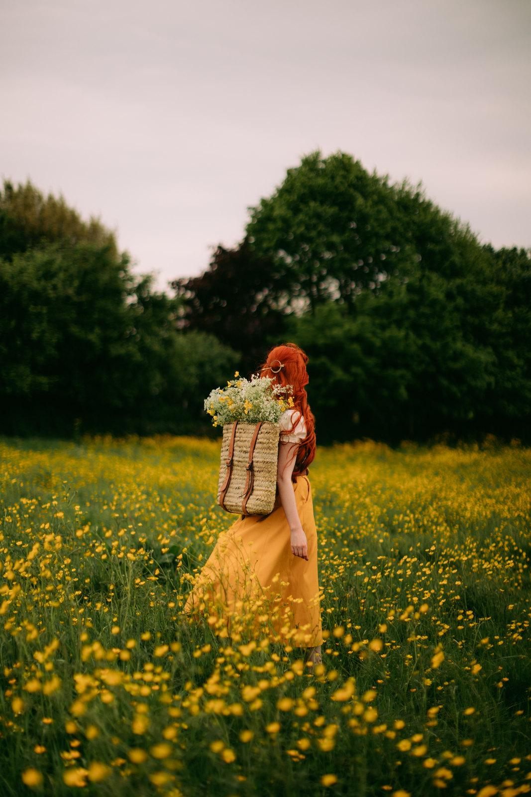 emmy design sweden, cottagecore dress, cottagecore aesthetic, hobbit fashion, hobbitcore, fairycore, buttercup field, summer fashion, folk fashion, cottagecore, cottagefairy